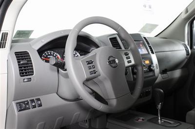 2020 Nissan Frontier Crew Cab 4x4, Pickup #D710204 - photo 9
