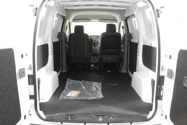 2019 NV200 4x2, Empty Cargo Van #D711484 - photo 2