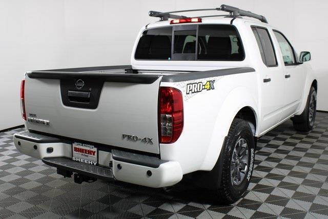 2020 Nissan Frontier Crew Cab 4x4, Pickup #D711542 - photo 2