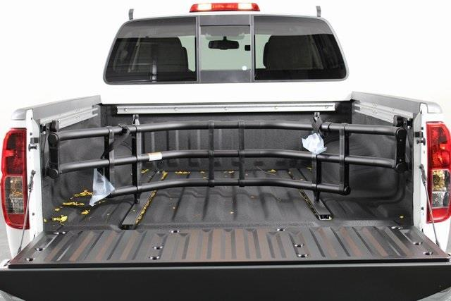 2020 Nissan Frontier Crew Cab 4x4, Pickup #D715855 - photo 2