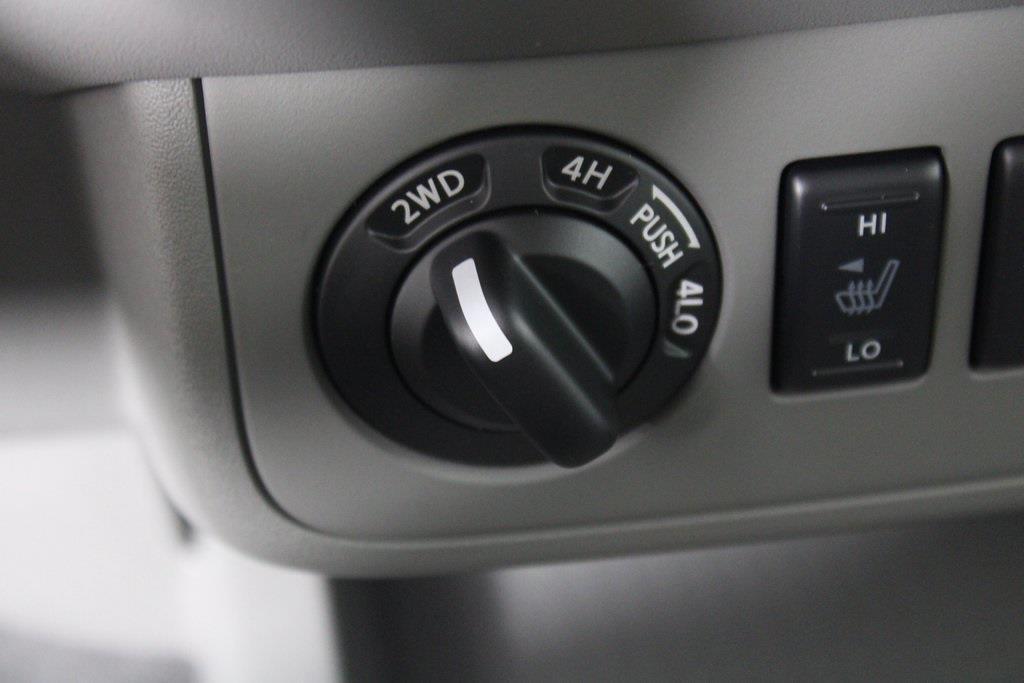 2021 Nissan Frontier 4x4, Pickup #D716046 - photo 12