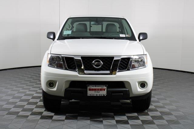 2020 Nissan Frontier Crew Cab 4x4, Pickup #D716288 - photo 3