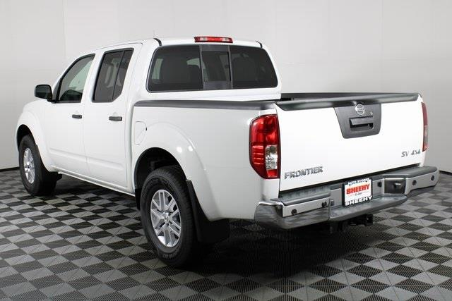 2020 Nissan Frontier Crew Cab 4x4, Pickup #D716288 - photo 5