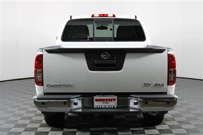 2020 Nissan Frontier Crew Cab 4x4, Pickup #D716288 - photo 2