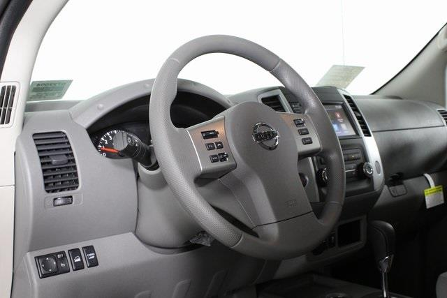 2020 Nissan Frontier Crew Cab 4x4, Pickup #D722004 - photo 9