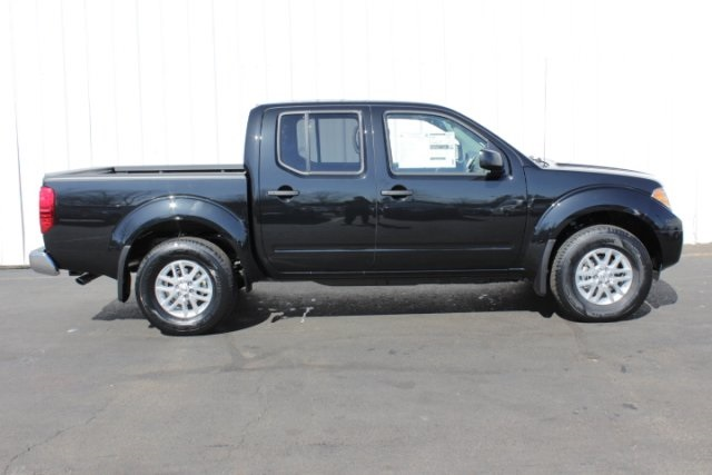 2019 Frontier Crew Cab 4x4,  Pickup #D743970 - photo 3