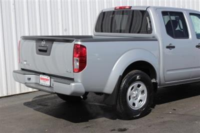 2019 Frontier Crew Cab 4x4,  Pickup #D745846 - photo 2