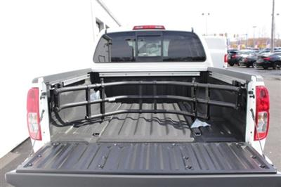 2019 Frontier Crew Cab 4x4,  Pickup #D751037 - photo 6