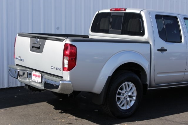 2019 Frontier Crew Cab 4x4,  Pickup #D751646 - photo 2