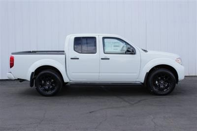 2019 Frontier Crew Cab 4x4,  Pickup #D759406 - photo 3
