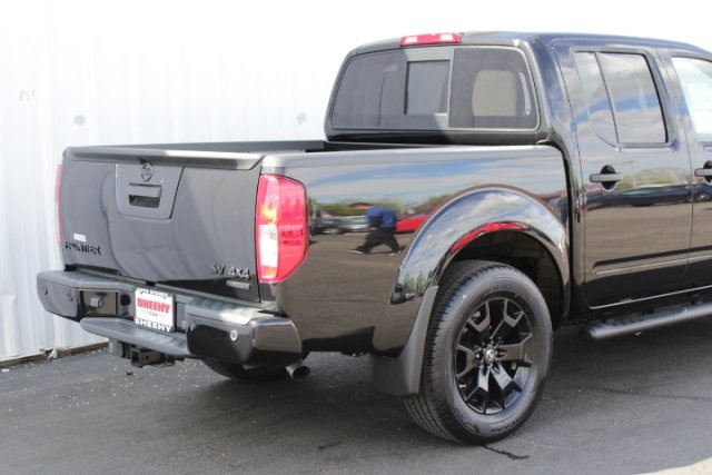 2019 Frontier Crew Cab 4x4,  Pickup #D761270 - photo 2
