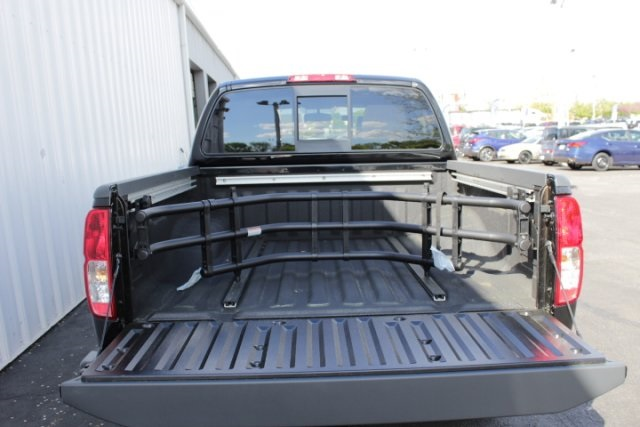 2019 Frontier Crew Cab 4x4,  Pickup #D761270 - photo 6