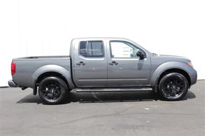 2019 Frontier Crew Cab 4x4,  Pickup #D761750 - photo 3