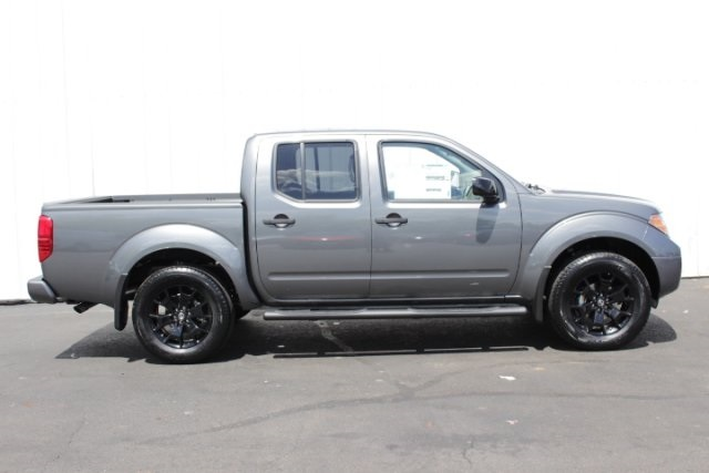 2019 Frontier Crew Cab 4x4,  Pickup #D761770 - photo 3