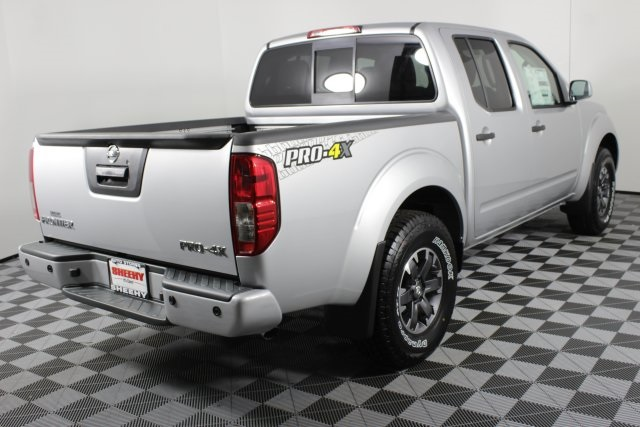 2019 Frontier Crew Cab 4x4, Pickup #D790785 - photo 1