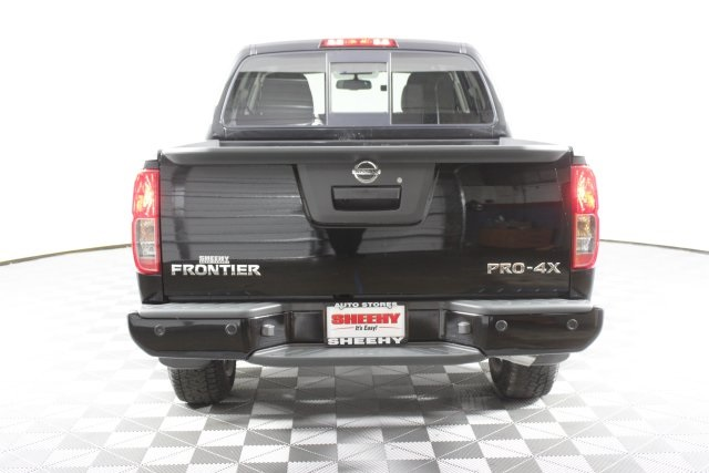 2019 Frontier Crew Cab 4x4, Pickup #D797717 - photo 7