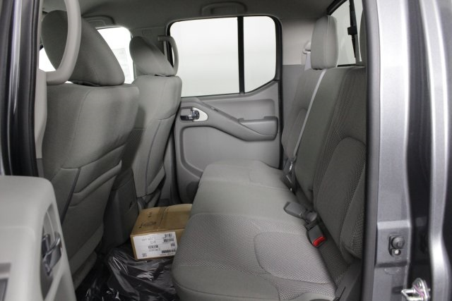 2019 Frontier Crew Cab 4x4, Pickup #D798726 - photo 12