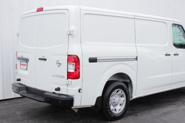 2019 NV2500 Standard Roof 4x2,  Empty Cargo Van #D800131 - photo 5