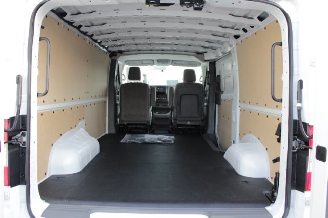 2019 NV1500 Standard Roof 4x2, Empty Cargo Van #D800935 - photo 1