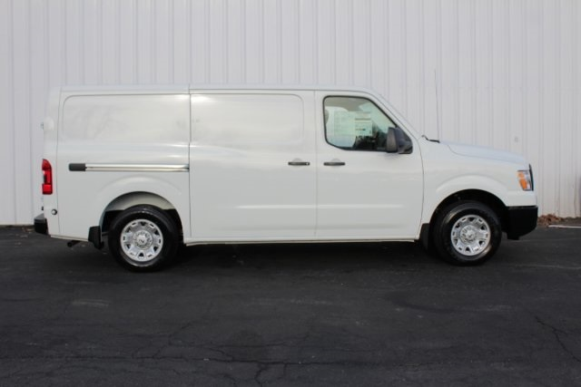 2019 NV1500 Standard Roof 4x2,  Empty Cargo Van #D800935 - photo 3