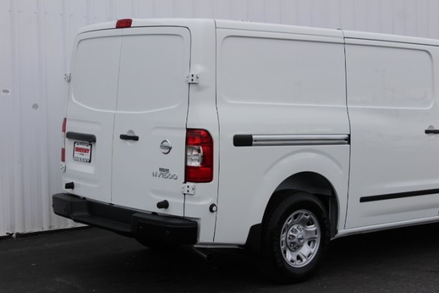 2019 NV1500 Standard Roof 4x2,  Empty Cargo Van #D801256 - photo 5