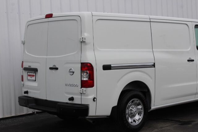 2019 NV2500 Standard Roof 4x2,  Empty Cargo Van #D801287 - photo 5