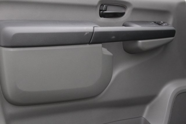 2019 NV2500 Standard Roof 4x2,  Empty Cargo Van #D801382 - photo 7