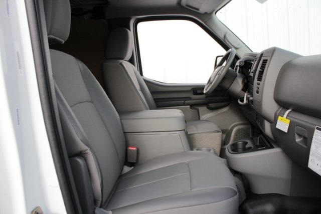 2019 NV2500 Standard Roof 4x2,  Empty Cargo Van #D802996 - photo 13