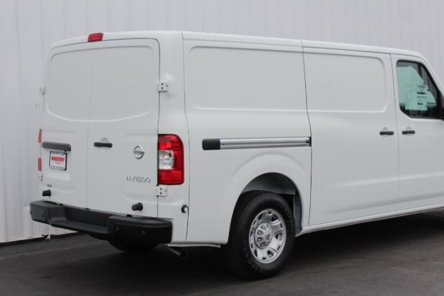 2019 NV1500 Standard Roof 4x2,  Empty Cargo Van #D805444 - photo 5