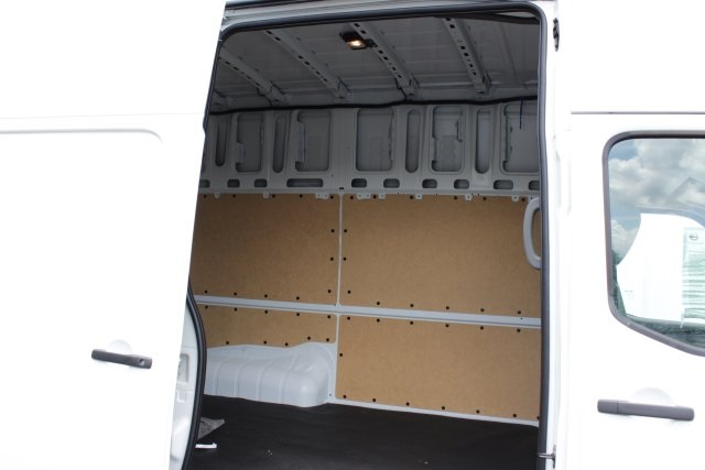 2019 NV2500 High Roof 4x2,  Empty Cargo Van #D807587 - photo 12
