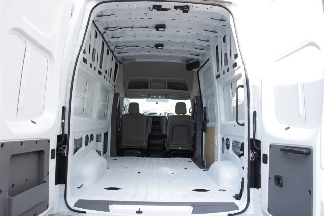 2019 NV2500 High Roof 4x2,  Empty Cargo Van #D808157 - photo 2