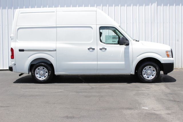 2019 NV2500 High Roof 4x2,  Empty Cargo Van #D808974 - photo 3