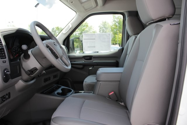 2019 NV2500 High Roof 4x2,  Empty Cargo Van #D808974 - photo 8