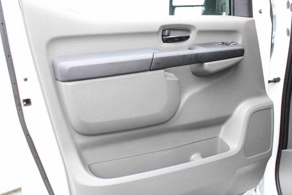 2021 Nissan NV2500 4x2, Empty Cargo Van #D810250 - photo 9