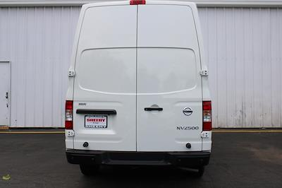 2021 Nissan NV2500 4x2, Empty Cargo Van #D810250 - photo 6