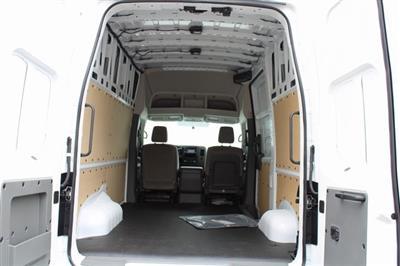 2020 Nissan NV2500 High Roof 4x2, Empty Cargo Van #D812000 - photo 2