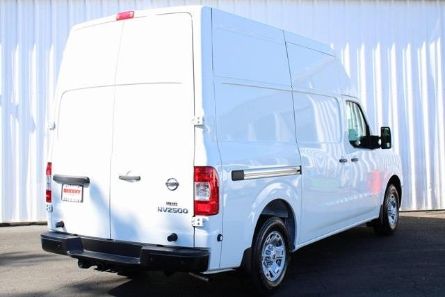 2020 Nissan NV2500 High Roof 4x2, Empty Cargo Van #D812028 - photo 6