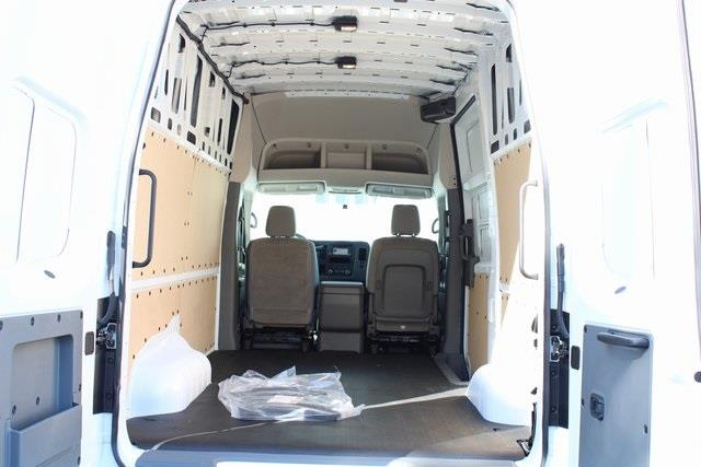 2020 Nissan NV2500 High Roof 4x2, Empty Cargo Van #D812028 - photo 10