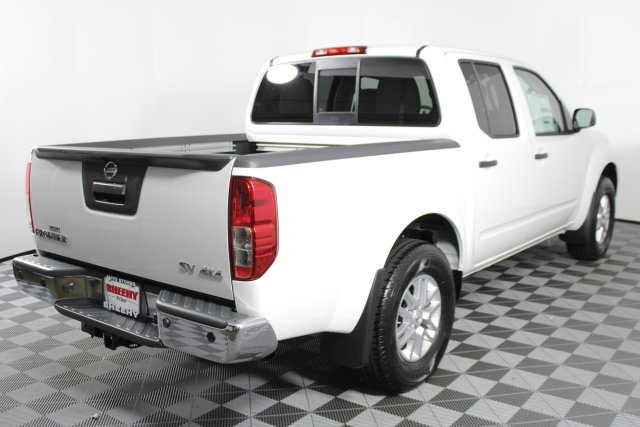 2019 Frontier Crew Cab 4x4, Pickup #D870730 - photo 2