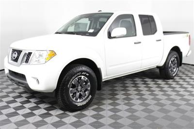 2019 Frontier Crew Cab 4x4, Pickup #D874677 - photo 5