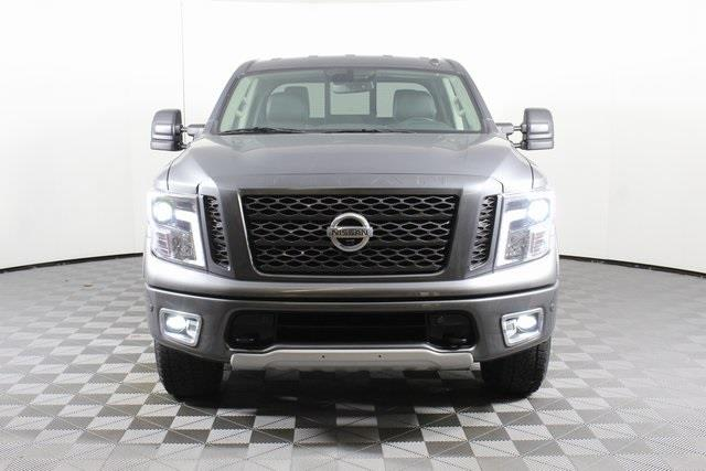 2019 Nissan Titan Crew Cab 4x4, Pickup #DP13623 - photo 2