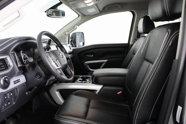 2019 Nissan Titan Crew Cab 4x4, Pickup #DP13623 - photo 9