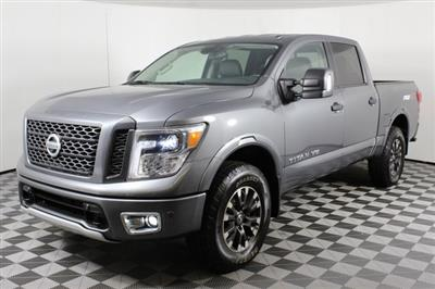 2019 Nissan Titan Crew Cab 4x4, Pickup #DP13623 - photo 3