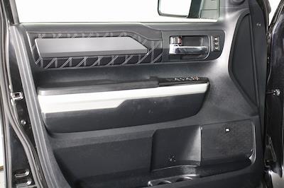 2016 Toyota Tundra Crew Cab 4x4, Pickup #DP14085 - photo 9