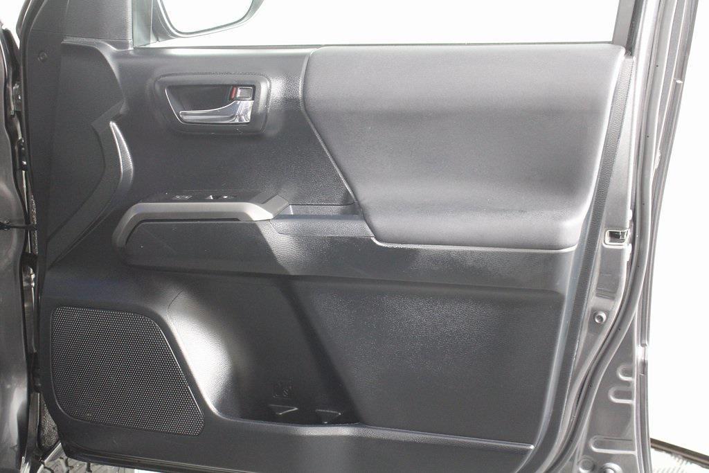 2017 Toyota Tacoma Double Cab 4x4, Pickup #DP14134 - photo 18
