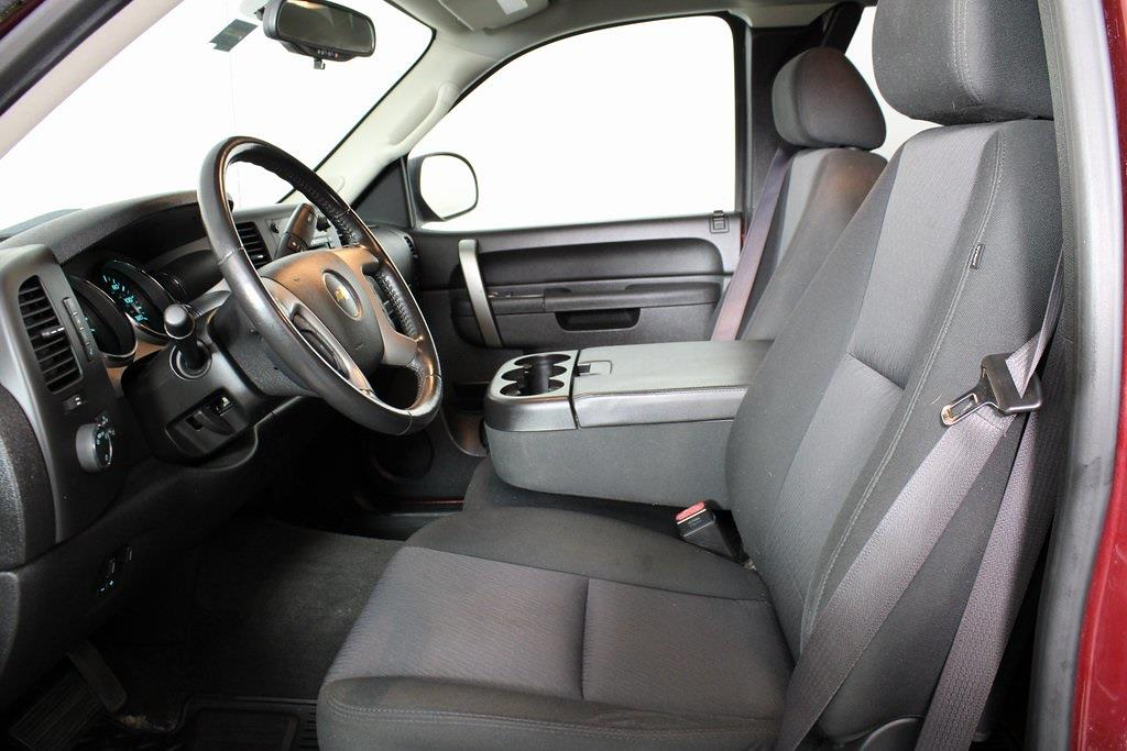 2013 Chevrolet Silverado 1500 Extended Cab 4x4, Pickup #DP14214 - photo 12