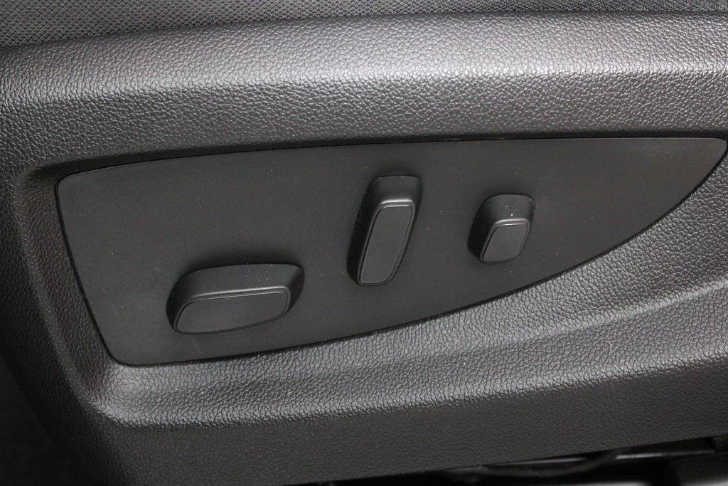 2018 Chevrolet Silverado 1500 Double Cab 4x4, Pickup #DP14216 - photo 12