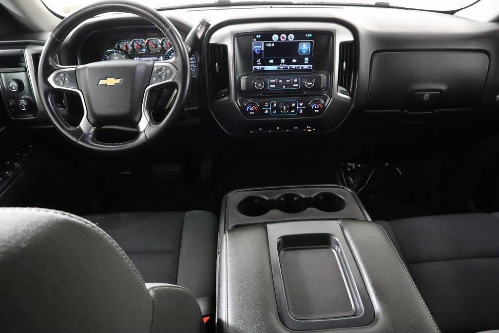 2015 Chevrolet Silverado 1500 Crew Cab 4x4, Pickup #DP14242 - photo 18