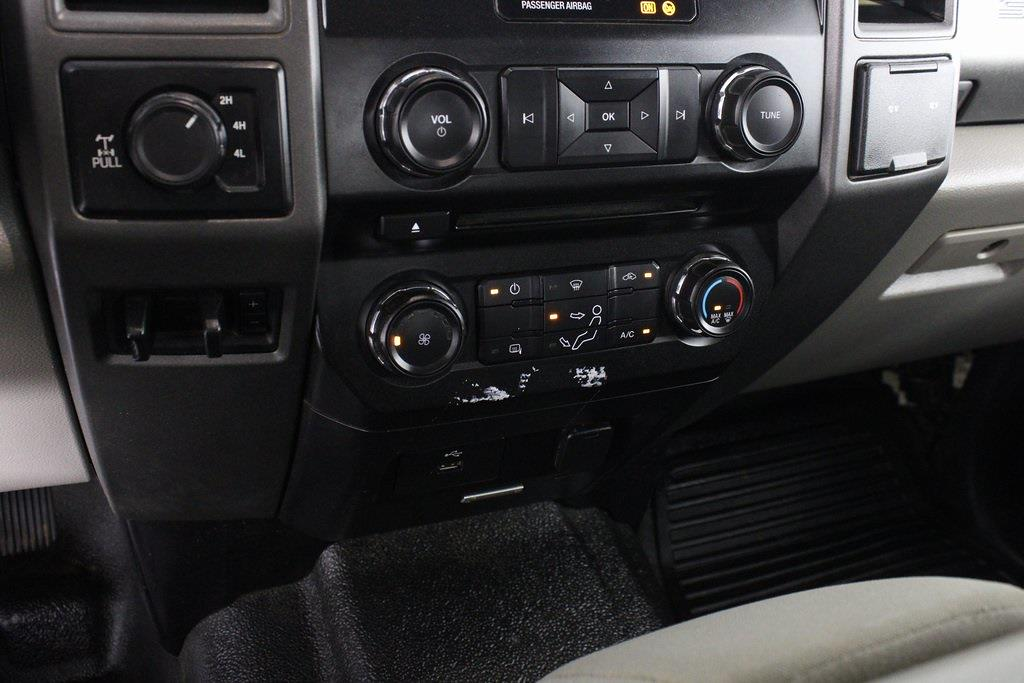 2017 Ford F-250 Crew Cab 4x4, Pickup #DP14256 - photo 20