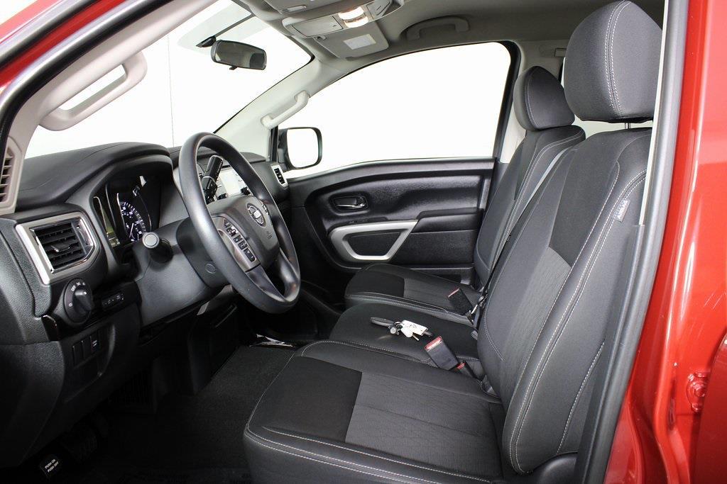 2018 Nissan Titan Crew Cab 4x4, Pickup #DP14325 - photo 13